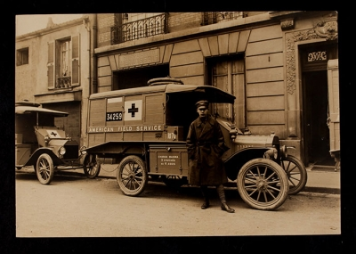 American Field Service Ambulance 1070 with driver