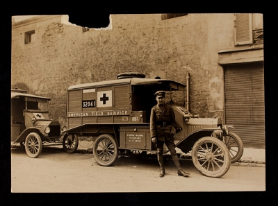 American Field Service Ambulance 1040 with driver